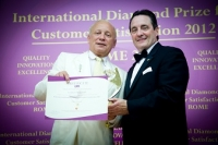 "Landshuter Brauhaus (Alemania) recibió el premio ""International Diamond Prize for Customer Satisfaction"" en Roma."