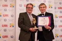 """Муниципалитет Amstetten из Австрии получил награду """"European Award for Best Practices 2013""""  от ESQR на конвенции в Вене (Австрия) 8 декабря 2013 года."""